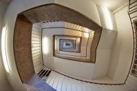 Odpowiednio dobrane schody i balustrady